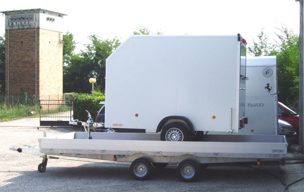 Rimorchi a cassone bertuola trailer srl for Bertuola rimorchi
