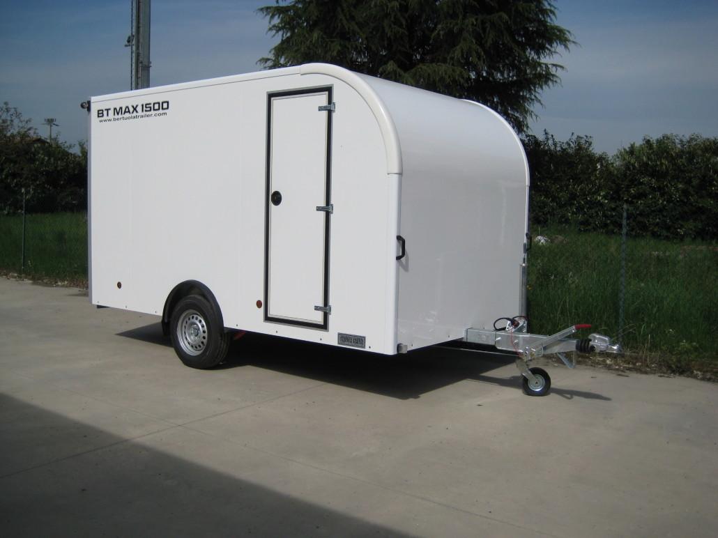 Rimorchio furgonato bt max 1500 bertuola trailer srl for Bertuola rimorchi