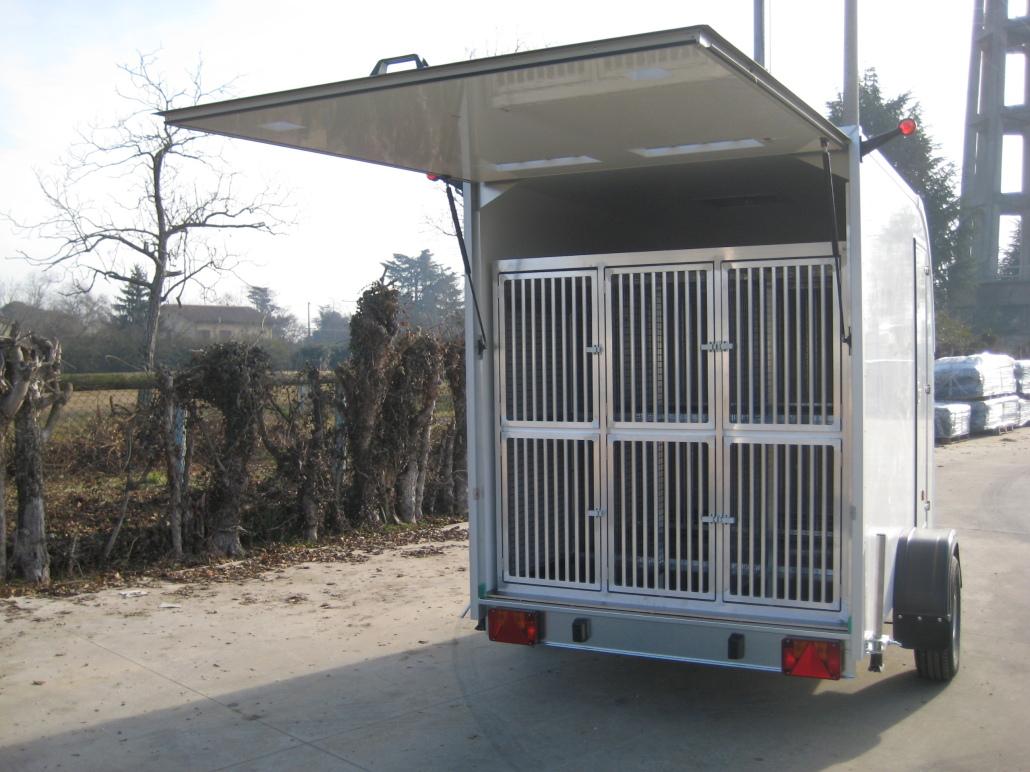 Rimorchio trasporto cani bertuola trailer srl for Bertuola rimorchi